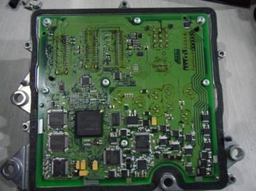 汽车ecu电路板详解图